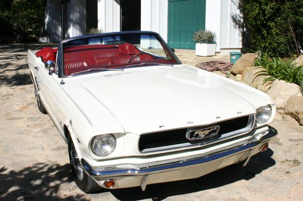 1966 Mustang Convertible  in Wimbledon White